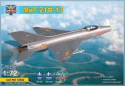 72042    MiG-21 F-13 Supersonic jet fighter