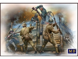 35116             Hand-to-hand fight, German & British infantrymen, WW I era
