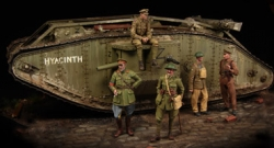 1100	British Tank Corps, WWI                Big Set 5 figures